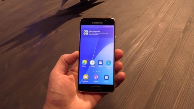 Samsung Galaxy A3 vs Galaxy A3 2016