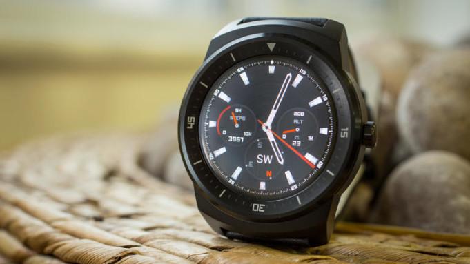 Samsung Gear 2 vs LG G Watch R W110