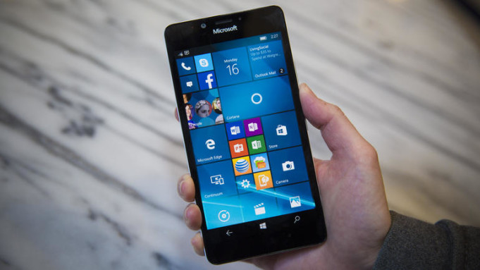 Microsoft Lumia 950 vs Samsung Galaxy S7