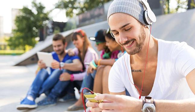 Escuchar música desde el móvil sin conexión 1